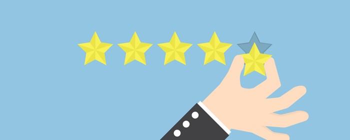 主动收集用户评价